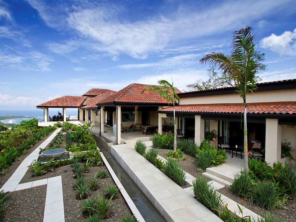 Villa paraiso coastal realty property management for Villas otoch paraiso